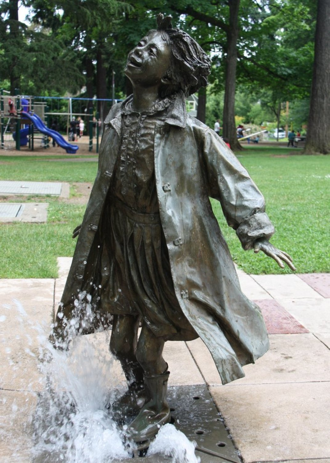 Celebrate beverly cleary s 100th birthday with a trip to for Garden statues portland oregon