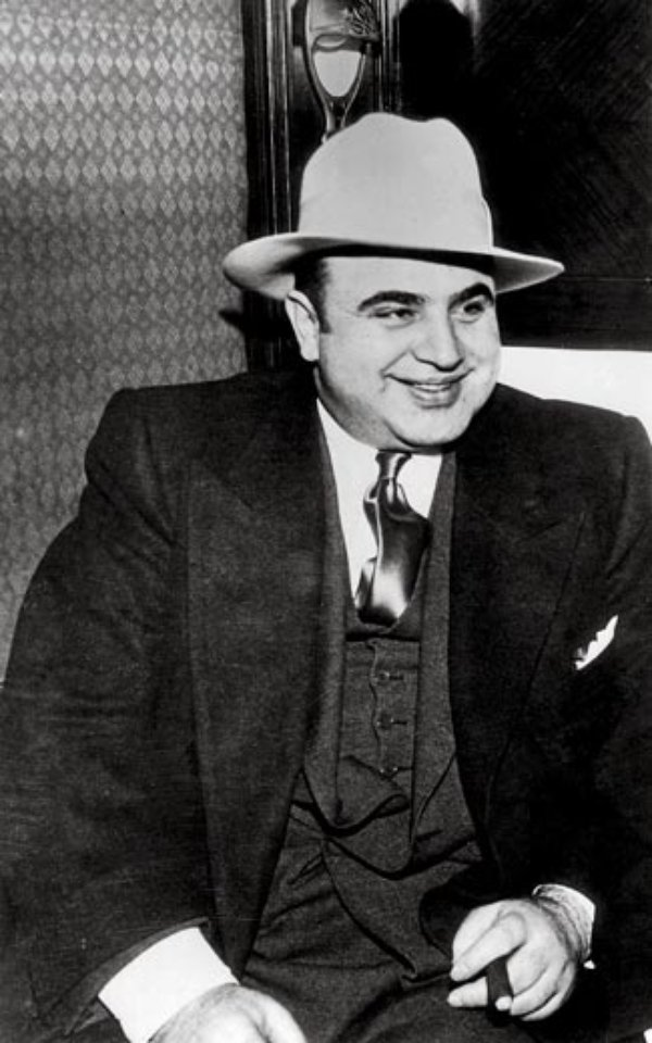 the rise and fall of al capone in new york All about al capone  his rise and fall is legendary mae capone sonny capone early life alphonse gabriele capone was born january 17th, 1899 in brooklyn, new.