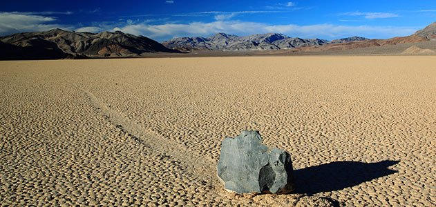 how do death valley�s �sailing stones� move themselves