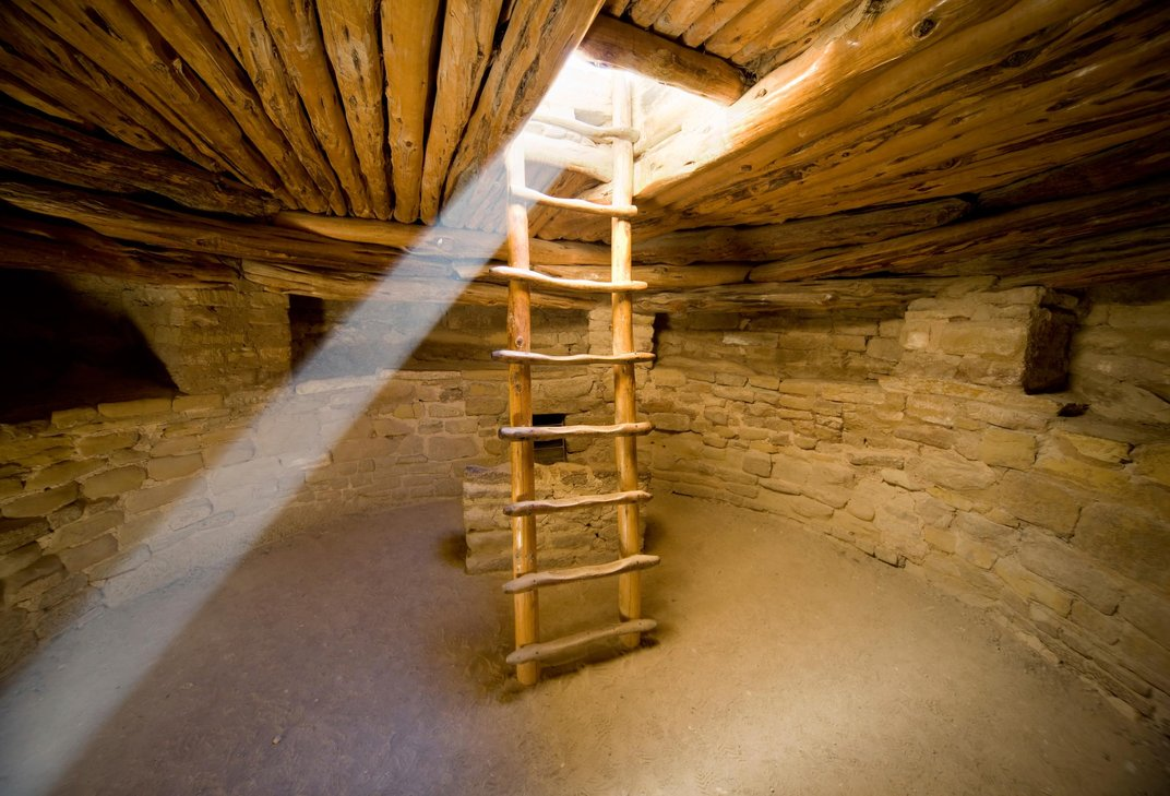 In the cliffs of mesa verde life lists smithsonian for Kiva house
