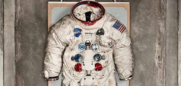 weight of apollo space suit - photo #33