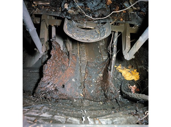 which apollo spacecraft burned on the launch pad - photo #40