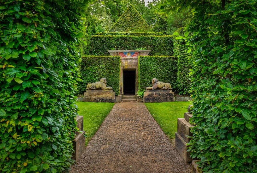 Step Inside 12 Of England S Most Beautiful Gardens