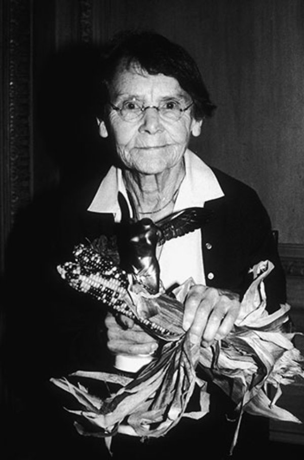 Barbara mcclintock s contribution to science